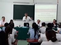 Sinh viên ngành Điều dưỡng gặp gỡ giao lưu chủ tịch Tập đoàn TSUKUI-Nhật Bản